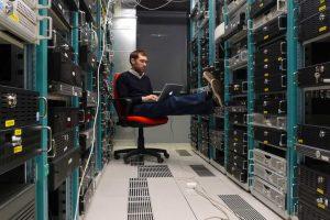 เรื่องน่ารู้เกี่ยวกับ คอมพิวเตอร์ Server